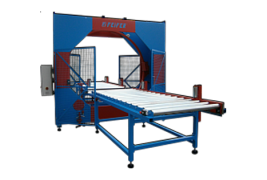 Horizontal stretch wrapping machines